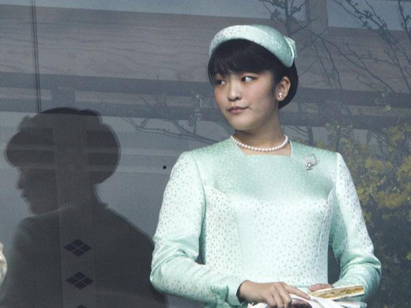 Công chúa Nhật Bản chuẩn bị đính hôn với bạn đại học