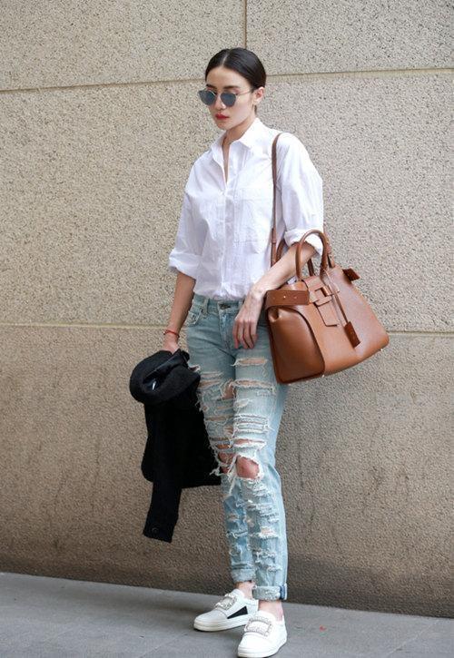 My nhan Hoa ngu dien jeans rach day ca tinh hinh anh 9