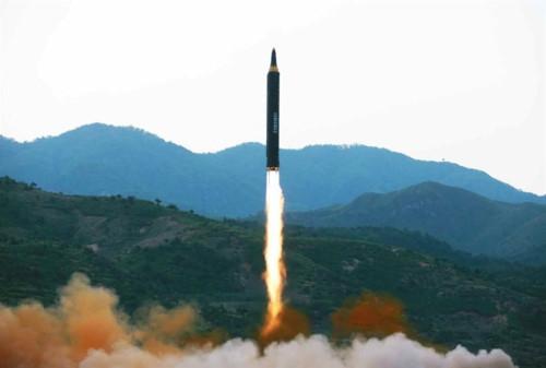 Tên lửa vừa thử nghiệm của Triều Tiên xuyên thủng THAAD - ảnh 2