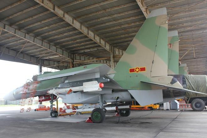 Vì sao nên cân nhắc tích hợp tên lửa Derby cho tiêm kích Su-27/30? - Ảnh 2.