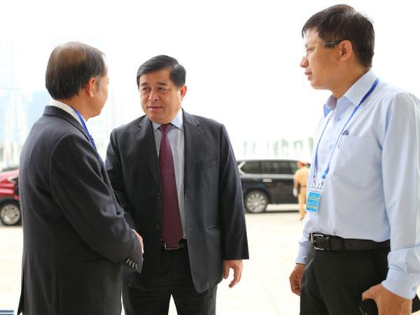 Lãi suất bình quân Việt Nam hiện là 7-9%/năm, trong khi Trung Quốc chỉ là 4,3% và Malaysia 4,6%