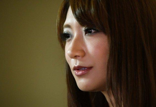 Các cô gái Nhật bị lừa đóng phim khiêu dâm như thế nào?