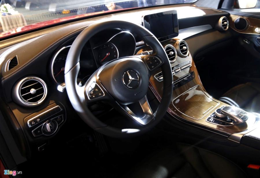 Chi tiet Mercedes GLC Coupe gia 2,9 ty vua ban tai Viet Nam hinh anh 12