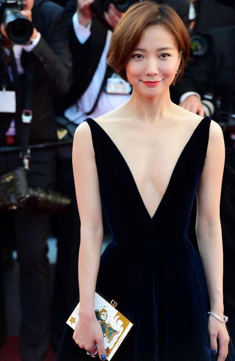 Pham Bang Bang mo nhat giua dan sao lon tren tham do Cannes hinh anh 9