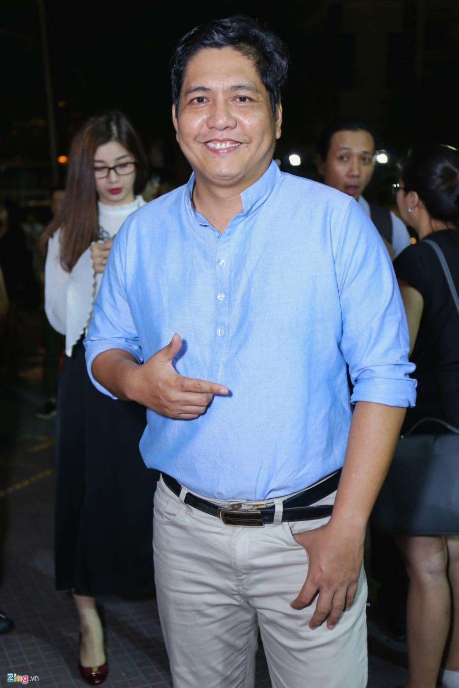 Sau tai nan, Johnny Tri Nguyen lai xe phan khoi lon di ra mat phim hinh anh 9