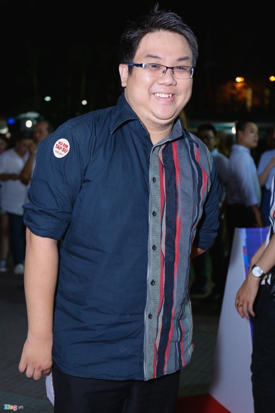 Sau tai nan, Johnny Tri Nguyen lai xe phan khoi lon di ra mat phim hinh anh 11