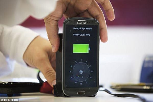 Công nghệ FlashBattery sạc đầy pin điện thoại siêu nhanh chỉ trong 5 phút - 1
