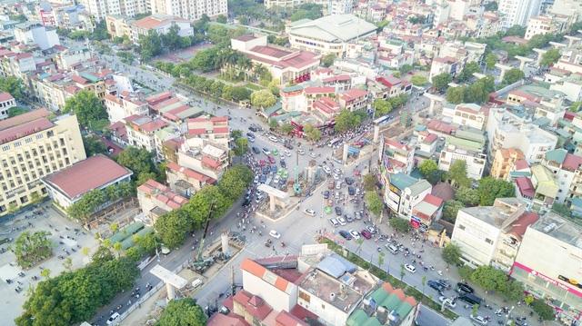 Dự án cắt đường Nguyễn Phong Sắc, đi qua đường Xuân Thủy sang đường Trần Thái Tông.