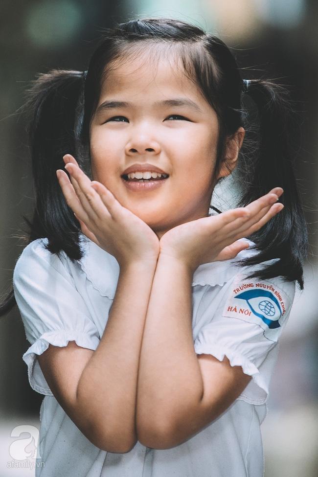Mẹ bé khiếm thị gây sốt Vietnam Idol Kids: Tôi đã khóc rất nhiều khi con mình chẳng nhìn thấy gì cả! - Ảnh 8.