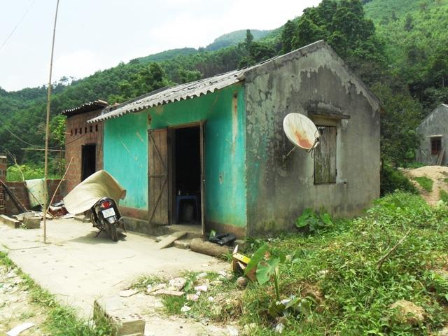 Ngôi nhà ven rừng nơi bà Bàn Thị Năm cùng người tình kém 25 tuổi sinh sống.