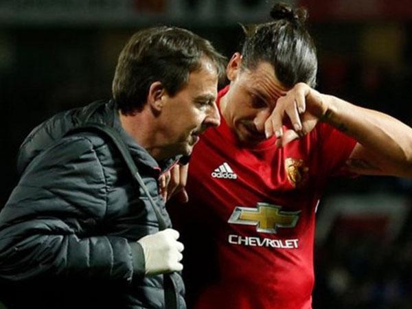 Ibrahimovic mang tin bất ngờ cho MU