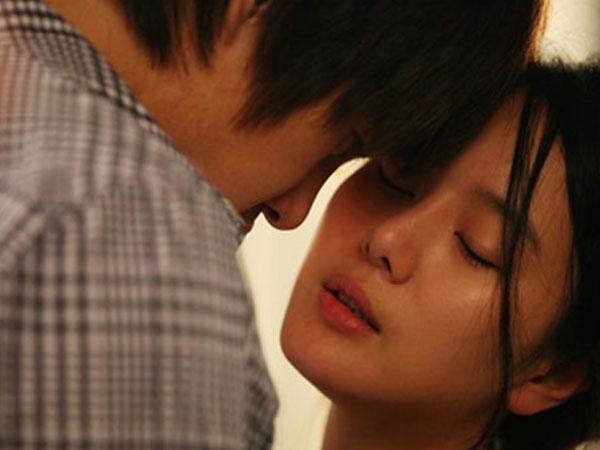 Gặp lại người cũ, thử tình một đêm, tôi càng thấy yêu chồng mình tha thiết hơn