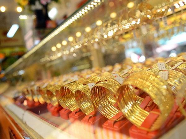 Chênh lệch mua bán vàng miếng thu hẹp