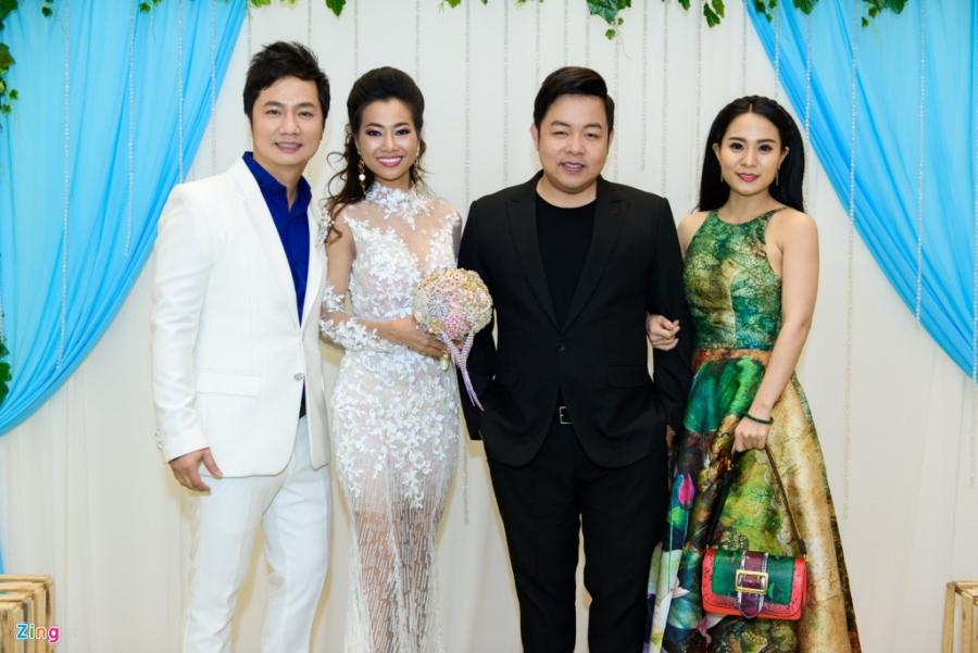 Quang Le, Thai Chau du tiec cuoi cua ca si Duy Truong hinh anh 2