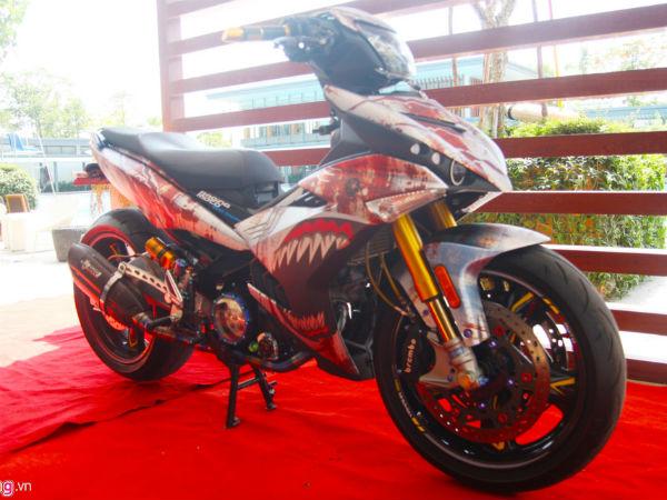 Exciter 150 biển số ngũ quý 1 độ của biker Sài Gòn ra Hà Nội