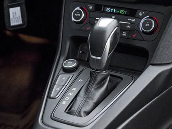 Gần 7.000 khách kiện Ford vì lỗi hộp số ly hợp kép