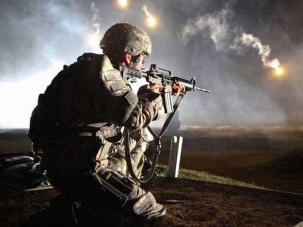 Mỹ chế tạo súng trường tự động tìm mục tiêu