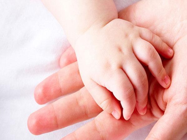 Xem tay đoán tình trạng sức khỏe và tính cách của trẻ CHÍNH XÁC đến 90%