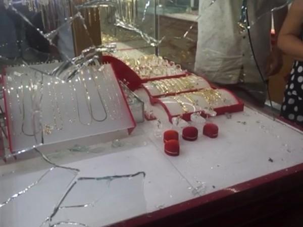 Điều tra nhóm đối tượng cướp tiệm vàng trong đêm ở Đà Nẵng