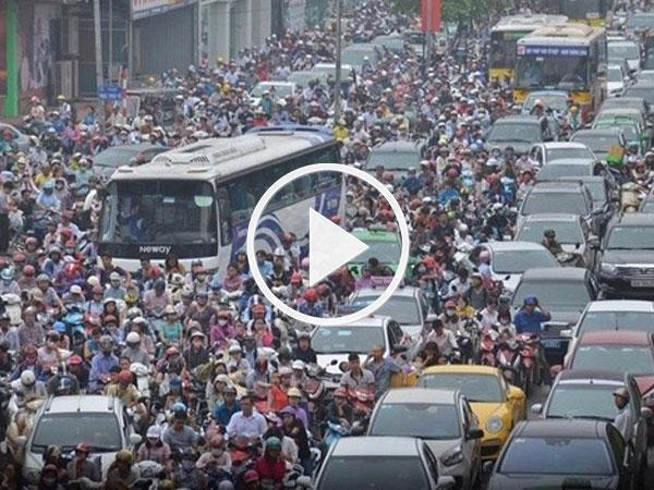 Hà Nội đề xuất cấm xe máy, hạn chế ôtô vào nội thành từ 2030