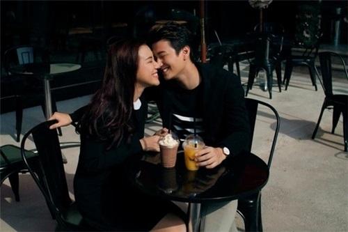 3 năm yêu cuồng nhiệt của Huỳnh Anh và bạn gái Á hậu
