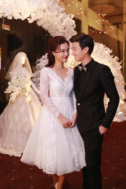 3 năm yêu cuồng nhiệt của Huỳnh Anh và bạn gái Á hậu - 8