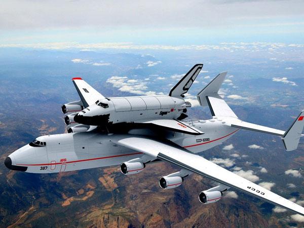 [Infographic] Siêu máy bay kỳ quan quân sự của Liên Xô khiến Mỹ và Trung Quốc thèm muốn