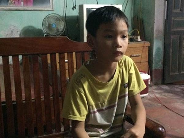 Gần nhà cháu bé 35 ngày tuổi chết trong chậu nước, một bé trai 9 tuổi suýt bị bắt cóc