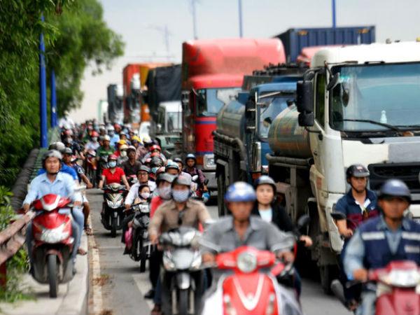Ùn tắc ở cảng Cát Lái: Phía đông TP. Hồ Chí Minh kẹt cứng