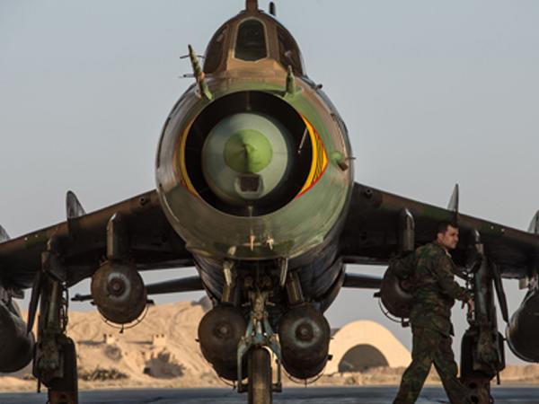 Mẫu cường kích Su-22 của không quân Syria vừa bị Mỹ bắn hạ