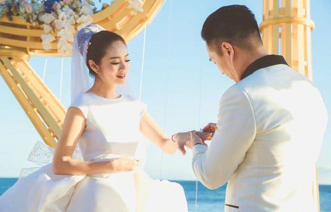An Dĩ Hiên được chồng đại gia tặng 3 bộ trang sức trị giá gần 7 tỷ - Ảnh 3.
