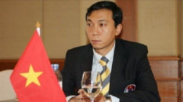 Tuyển Việt Nam, HLV Hữu Thắng, cầu thủ nhập tịch, VFF