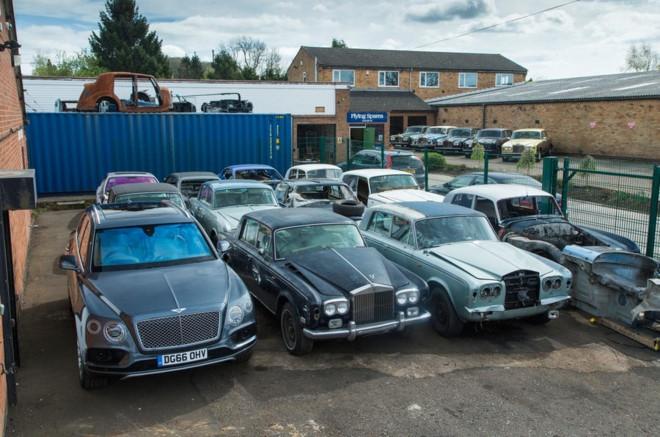 Nghia trang xe sieu sang Rolls-Royce va Bentley lon nhat the gioi hinh anh 1