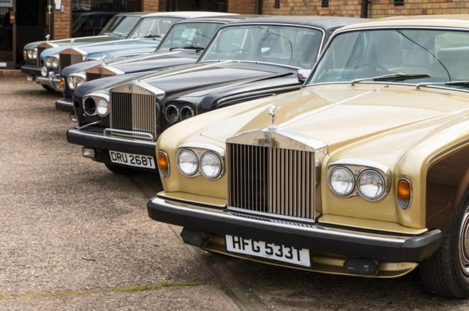 Nghia trang xe sieu sang Rolls-Royce va Bentley lon nhat the gioi hinh anh 3