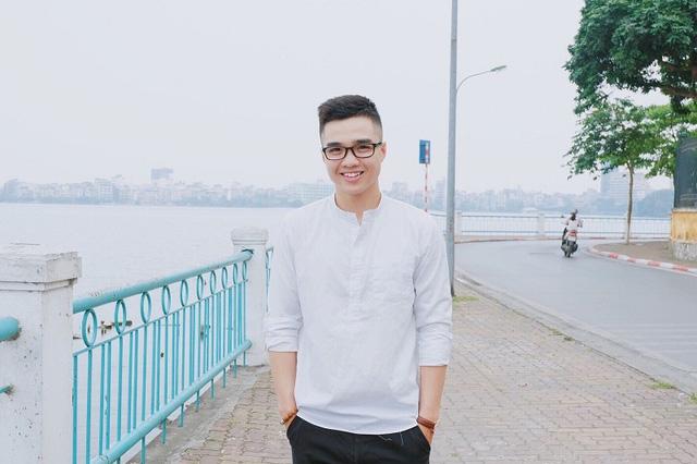 """Tuy """"đanh đá"""", """"chua ngoa"""" trong các clip song ngoài đời Tun Phạm là một chàng trai rất hay cười"""