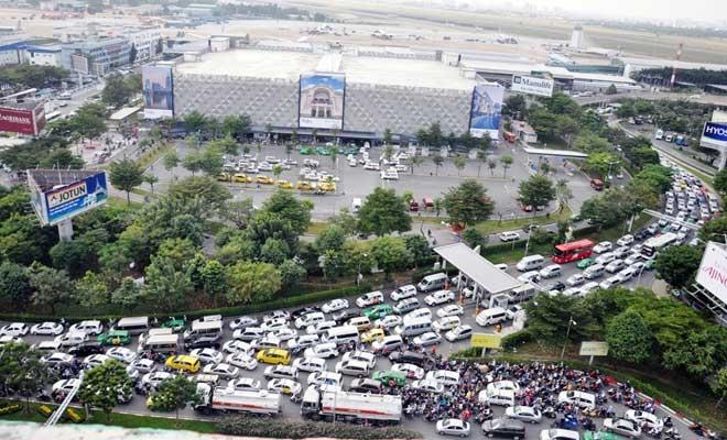 """Cận cảnh cây cầu bạc tỷ """"giải cứu"""" kẹt xe ở Tân Sơn Nhất trước giờ G - 2"""