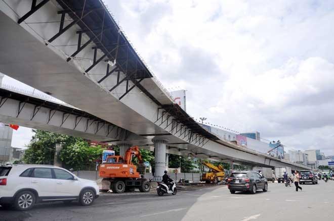 """Cận cảnh cây cầu bạc tỷ """"giải cứu"""" kẹt xe ở Tân Sơn Nhất trước giờ G - 8"""