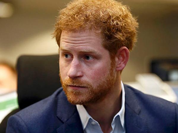 Hoàng tử Harry chỉ trích việc tổ chức lễ tang Công nương Diana