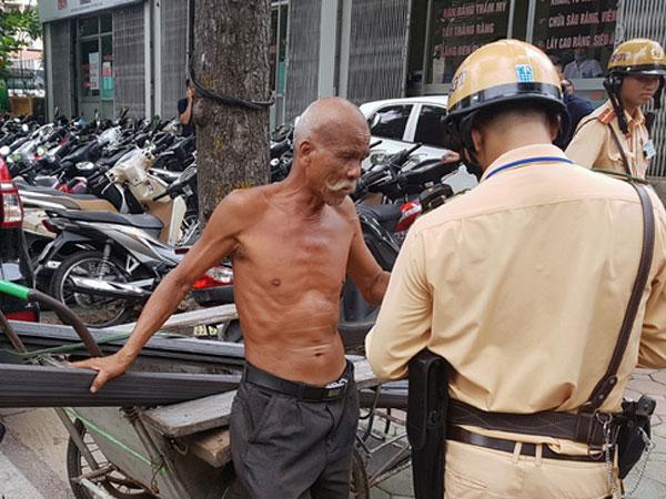 Hà Nội: Tạm giữ 400 xe ba bánh vi phạm giao thông