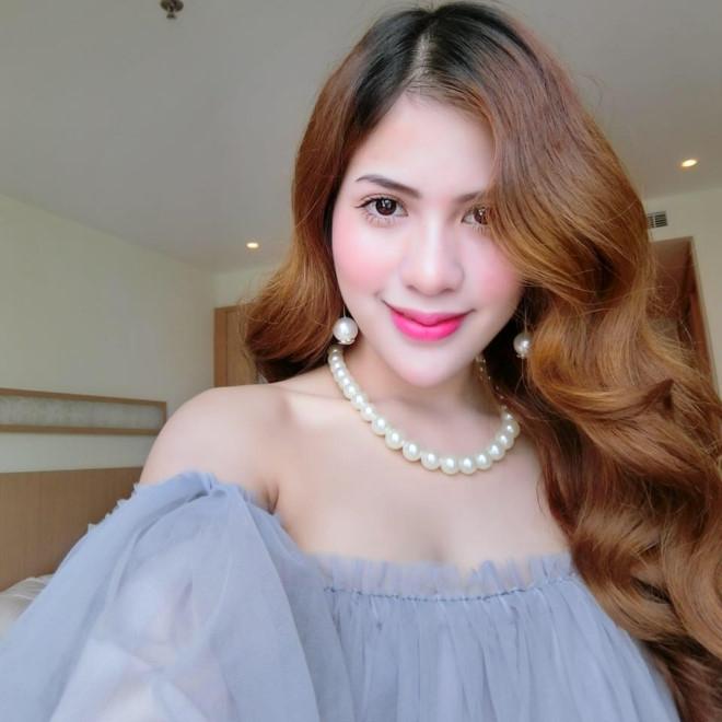 Vợ Việt Anh phản ứng sau vụ lùm xùm tin nhắn từ điện thoại Bảo Thanh
