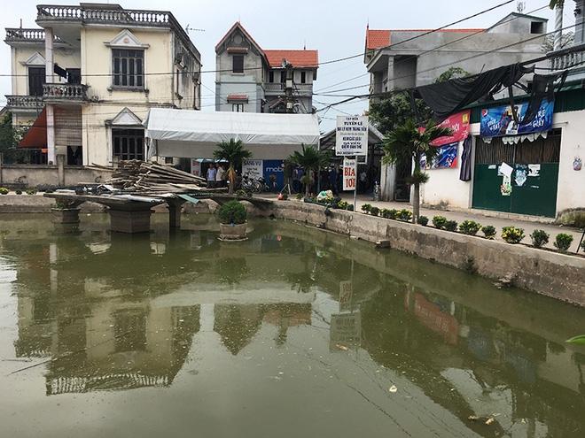 Vụ 4 người đuối nước ở Thường Tín: Vợ tưởng chồng đưa các cháu đi viện - Ảnh 5.