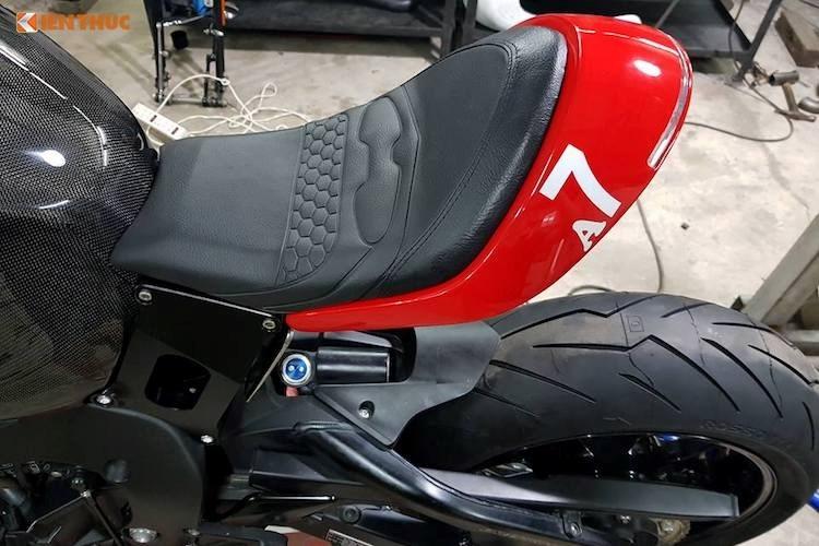 """Thợ Việt độ môtô Honda CBR1000RR """"chất như Tây"""" - 5"""