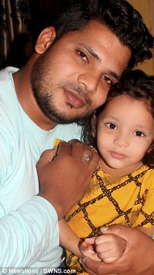 Ahana Afzal từng là một cô bé hoạt bát và vui vẻ.