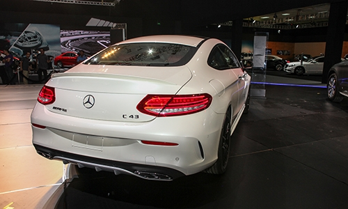 chi-tiet-mercedes-amg-c-43-4matic-coupe-2