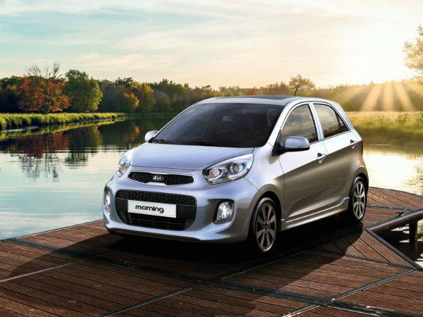 Kia Morning giảm giá sau khi Hyundai Grand i10 ra mắt