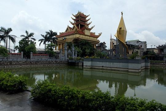 Choáng váng với độ chịu chơi của những ngôi làng nhiều tỷ phú nhất Việt Nam