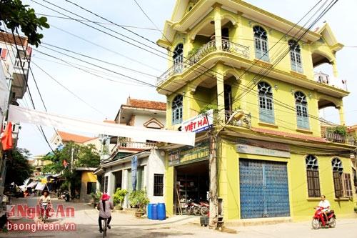 Choáng váng với độ chịu chơi của những ngôi làng nhiều tỷ phú nhất Việt Nam - 3