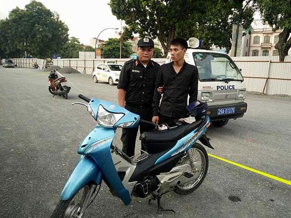 Lực lượng 141 phát hiện và bắt giữ đối tượng trộm xe và tàng trữ ma túy đá