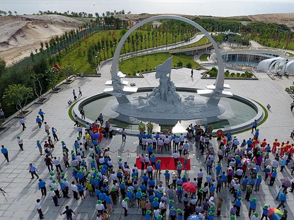 Khánh thành tượng đài tưởng niệm chiến sĩ Gạc Ma