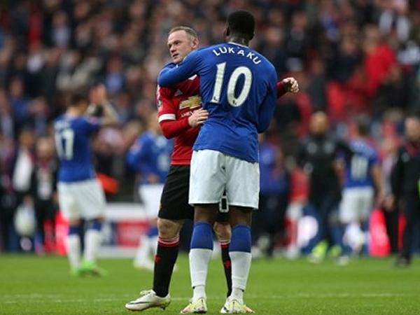 Rooney gửi lời cảnh báo cho Lukaku tại Old Trafford